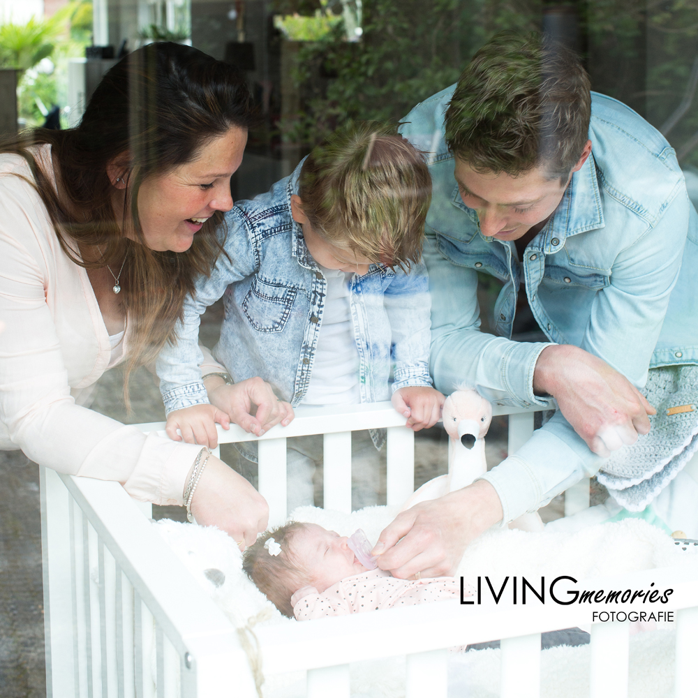 Newbornfotoshoot Zevenhoven_LIVINGmemories fotografie